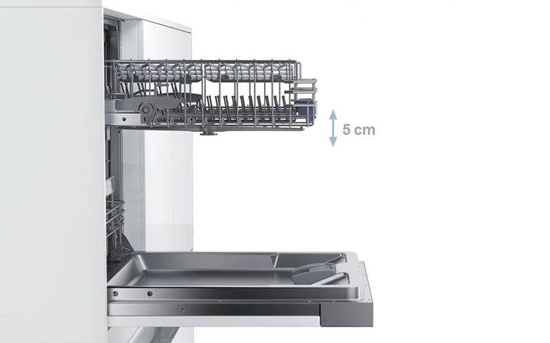 Điều chỉnh chiều cao của khoang rửa lên đến 5 cm ở 3 mức, ngay cả khi nạp đầy